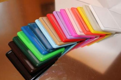 Műanyag hűtőmágnes színes kerettel (60×45 mm)